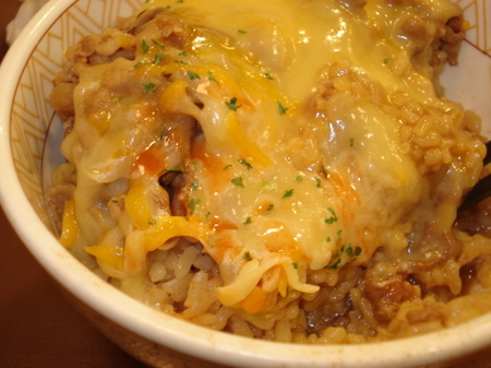 sukiya-torori-cheese-gyudon5.jpg